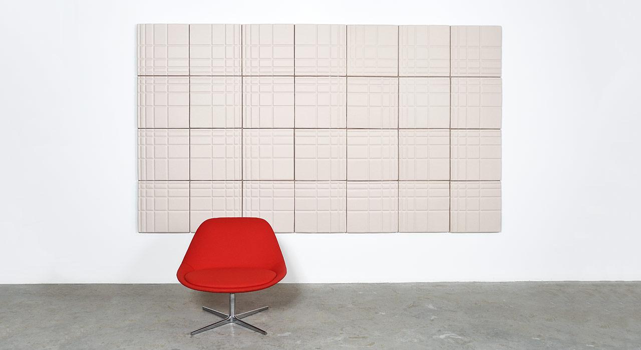 Ecoustic-Linear-Cream-Rectangle-Installation-Kezu-Chair-050_1280x700_0_acoustic_tile
